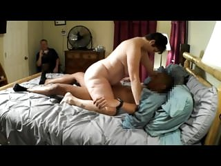 Clean tgp - Cuckold watches wife with young bbc cleans creampie
