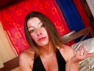 Breast fair - Amelie 26ans de rouen vient se faire sodomiser
