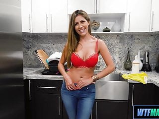 Adult cleaning service Athletic and hot cougar cleaning service