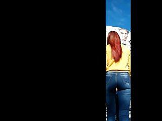 Redhead jeans - Colorada con linda cola en jeans