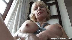 huge assed blonde milf fucked in her ass