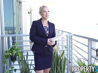 Commercial real estate strip mall Propertysex - southern milf real estate agent gets creampie