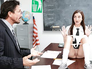 La Mas Puta del Colegio y el Profesor - Jade Amber