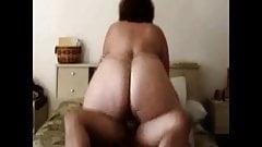 Big ASS BBW Grinding AWAY