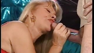 Babette Blue loves Cum