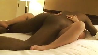 Cuckold white hubby watches BBC seediing his wife