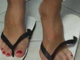 Flip flop thumbs Flip flop footjob shoejob