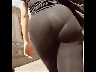 Ass jiggling pounded - Huge curvy round transparent ass jiggling on the street