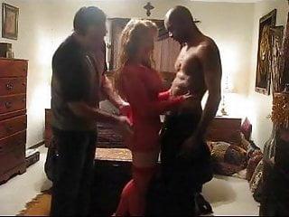 Pet porn pal - Wife enjoys hubby and best pal cuckold