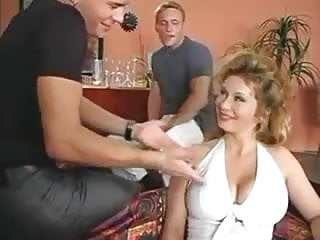 Lucas dick - Constance deville, lucas and friend in bar