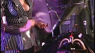 Gwenmedia - Rubber sex slave