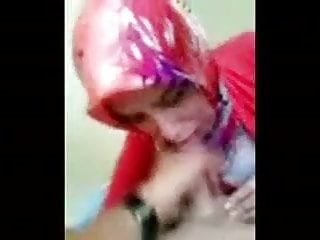 Cum shot girl - Turkish girl in hijab blows and takes cum shot
