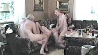 Gruppsexorgie (1988)