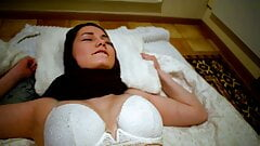 Hot muslim wife can not go to bed without cock in her pussy