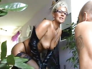 Rimming tubes mature - Mature lady gets rimmed by horny men