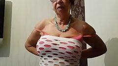 Зрелая рыжая бабушка сказала, что нужно делать - Анна из Манчестера
