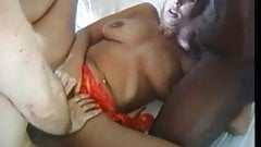 Hot, saggy-titted MILF in interracial 4some