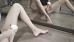 Masturbation and squirt in front of the mirror