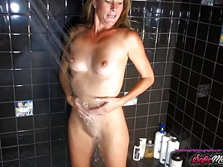 Percentage partners wash genitals befor sex Sofiemariexxx - milf sofie marie washes pussy before blowjob