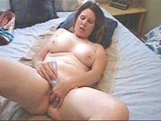 Wife vibrator orgasm Housewife cumming