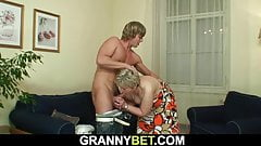 Young dude bangs 60 years old granny