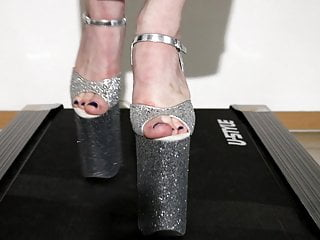 Vintage reproduction glitter houses - Walk on theatmill in 10 inch glitter heels