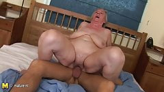 Granny gets a mouth full of cum