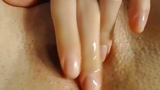 Fingering a wet pussy