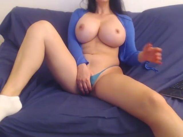 Amateur Milf Perfect Tits