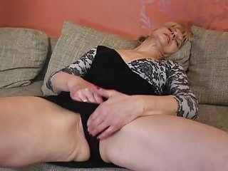 Maturee old sluts - Old sluts bating their hungry holes
