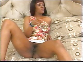 Ebony blowjob boyfriend slutload Horny ebony gets boyfriend to lick her pussy deep on the bed