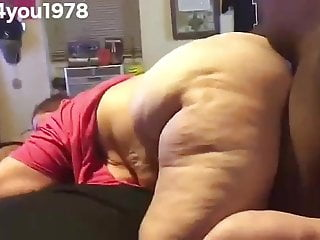 Utube granny jiggly boobs - Granny julie jiggly booty bent over