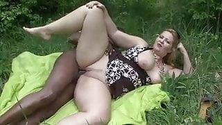 Hungarian big beautiful woman outdoor fuck
