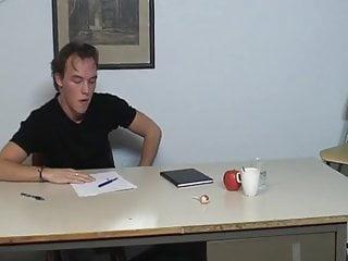 Student spanking sex videos Studente krijgt een geile spanking
