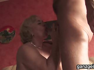 Woman fucking trannies Ganzgeil.com german mature woman fucking well