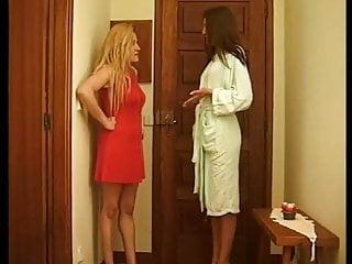 Brazilian transsexual paula melo - Ana paula melo has a hot lesbian experience.