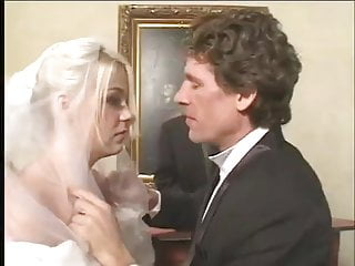 Wed adams naked - A wedding day she will always remember