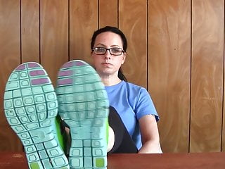 Free nappie fetish - Penny green nike free teasing preview