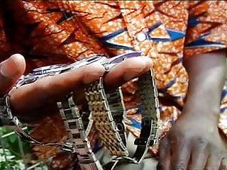 Le gay laboureur - Les queutards africains se farcisse une petite brune