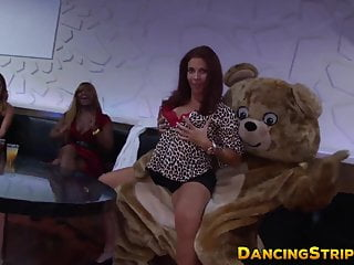 Stripper party movies Redhead amateur sucking dick at wild stripper party