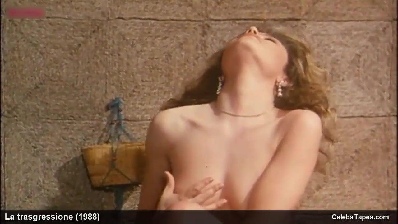 Nackt Claudia Cavalcanti  Vintage nude
