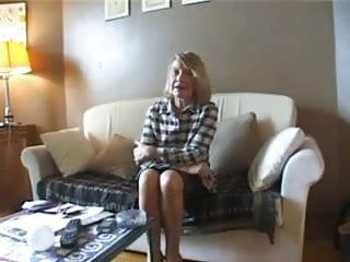 Doctor fuck mature Sandra a wife of a doctor fucked by 2 blacks cocks