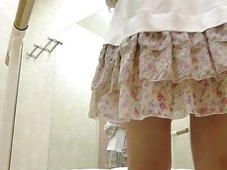 Nude girl lockerroom - Ballet lockerroom.8