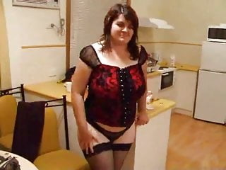 Sister strip tease - Strip tease by bbw