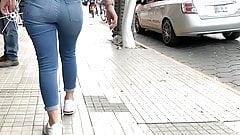 Jeans ass latina. seguir 2
