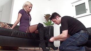 feet slave of lady isa