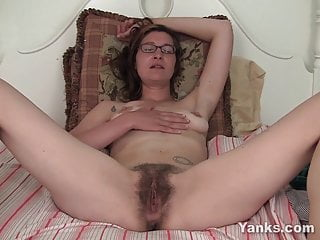 Yanks Honey Sylvie Lavine Masturbating XhdSUNA