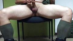 Army Style im Lehrerzimmer Cumshot