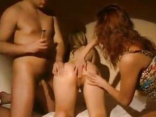 Con gay madrid maduros relaciones viejos Primer anal con un maduro