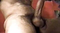 Gordito se la chupa a un cubano